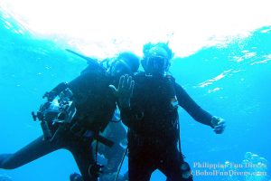 Philippine Fun Divers - Divers Alona Beach Panglao Bohol President Ramos 7